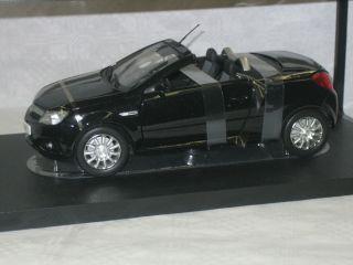 Opel Tigra TwinTop schwarz Industriemodell Norev 1:18 183600