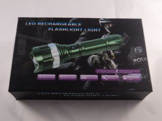 High Power LED Taschenlampe 1800 Lumen Flashlight Einstellbarer Fokus