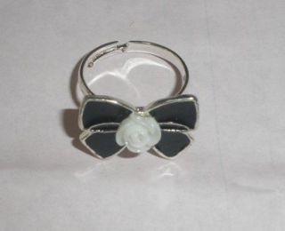 F4553 Black Bowknot Flower Ring Size7 10(Adjustable)