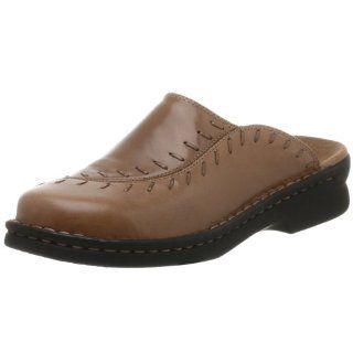 Clarks Womens Jaclyn Clog,Tan,6 M Shoes