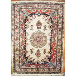 Persian Hand knotted Tabriz Wool Rug (134 x 184)