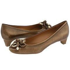 Elie Tahari Jackie Pump Brushed Gold Pumps/ Heels   Size 10 B