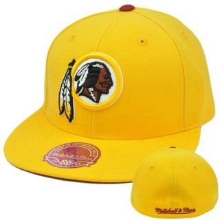 NFL Mitchell Ness Throwback Logo Hat Cap Fitted Washington