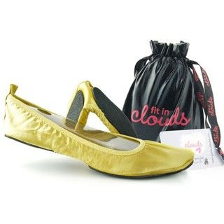 Fit In Clouds Womens Portable Gold Satin Flats