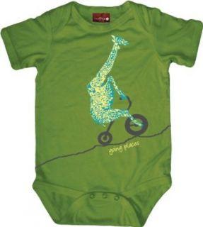 Small Plum Unisex Baby Newborn Giraffe Organic Bodysuit