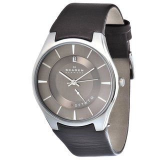 Skagen Mens Brown Leather Strap Day and Date Watch