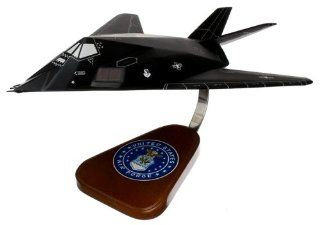 F 117 Sealh Figher Wood Model Airplane oys & Games