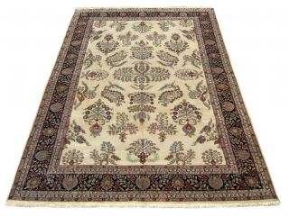 Indian Sarough Hand knotted Ivory/ Black Rug (10 x 146)