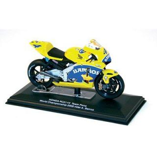 Honda RC211V World Champion 2005 (A.Barros)   Achat / Vente MODELE
