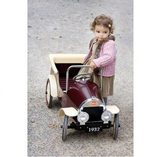 BAGHERA   Voiture à pédales en métal 1932   DeauvilleUne voiture