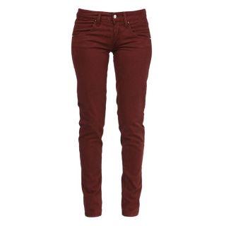 97% Coton/ 3% Elasthanne. Couleur originale pour ce pantalon 100%
