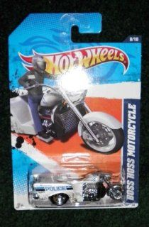 2011 HOT WHEELS HW MAIN STREET 11 168/244 WHITE LONGMONT