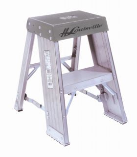 foot Aluminum Step Stool (300 pound Rating)