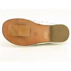 White Mountain Womens Thailand White T Strap Sandals