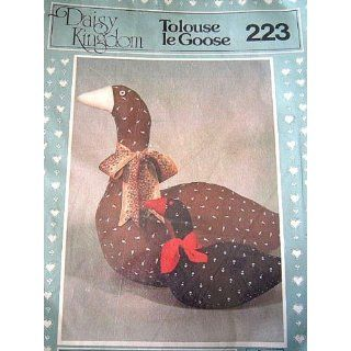 STUFFED GOOSE SEWING PATTERN FROM DAISY KINGDOM #223: Everything Else