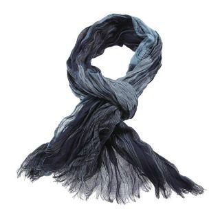 Coloris  bleu et marine. Chèche aspect froissé, à rayures et