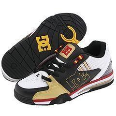 DC Versatile Black/Gold Athletic