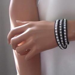Pure Romance Freshwater White Pearl 3 Wrap Leather Bracelet (Thailand