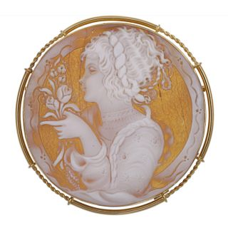 18k Yellow Gold Shell Profile Cameo 71 mm Round Pendant Brooch