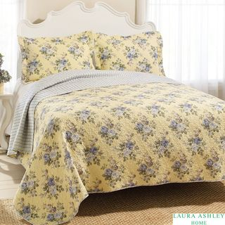 Laura Ashley Linley Reversible 4 piece King size Quilt Set