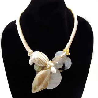 Ivory Sain Naural Shell Cluser oggle Necklace (Philippines) Was $