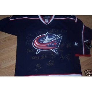 Columbus Blue Jackets 2010 team signed jersey Mason   Autographed NHL