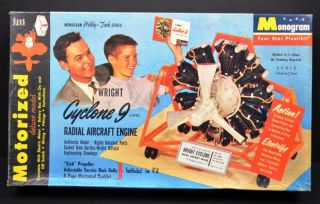 Wright Cyclone 9 Radial Aircraft Engine Deluxe Model Motorized